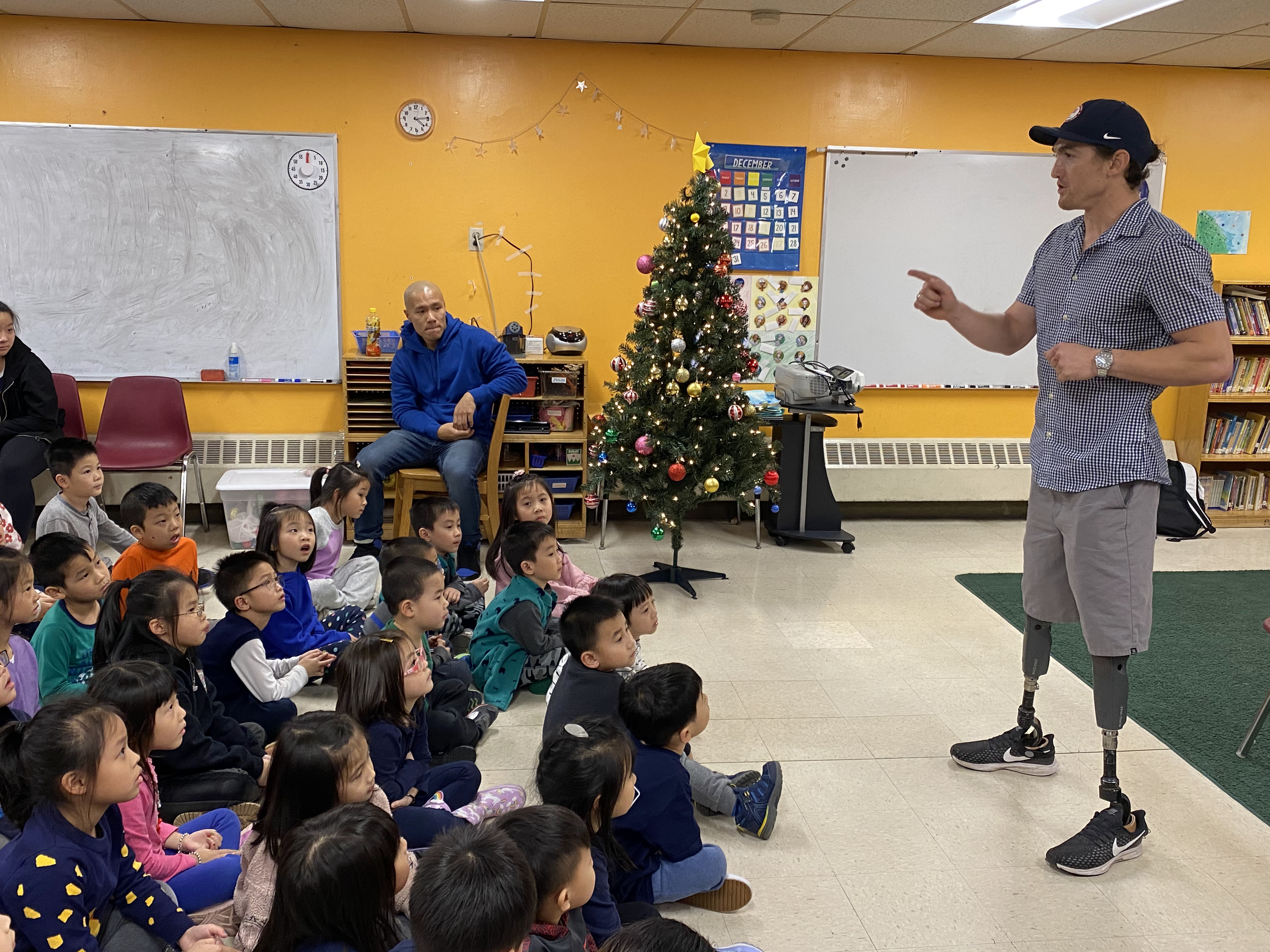 Paralympian Rudy Garcia-Tolson Speaks to Class