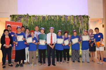 Brooklyn Seniors Participate in Flag Drawing Contest