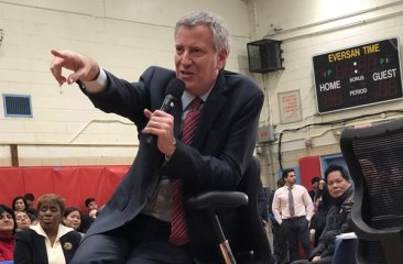 District 20 Town Hall with Mayor 2017 - Mayor de Blasio