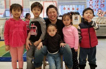 M.Cheng with Students